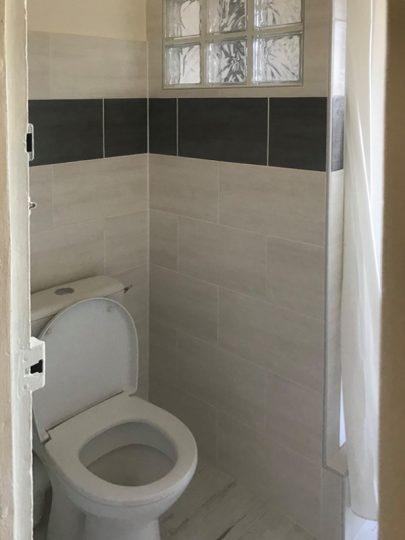Salle de bain-wc-Noir et blanc (2)