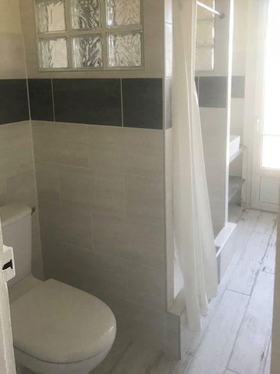 Salle de bain-wc-Noir et blanc